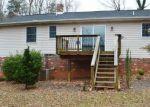 Foreclosed Home en BUGGY LN, Rochelle, VA - 22738