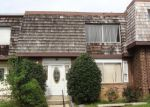 Foreclosed Home en W DEER PARK RD, Gaithersburg, MD - 20877