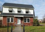 Foreclosed Home en 11TH AVE W, Huntington, WV - 25701