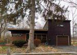 Foreclosed Home en S MAIN ST, Castleton On Hudson, NY - 12033