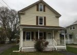 Foreclosed Home en LINCOLN ST, Adams, MA - 01220