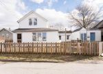 Foreclosed Home en ORMEROD AVE, Portsmouth, RI - 02871