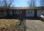 Foreclosed Home en HICKORY DR, Hanover, IN - 47243