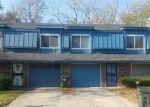 Foreclosed Home en MERRYWOOD CIR, Grandview, MO - 64030