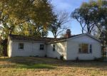Foreclosed Home en ISLAND AVE, East Moline, IL - 61244