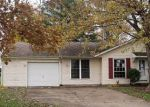 Foreclosed Home en N DAN PATCH DR, Oxford, IN - 47971