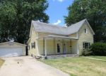 Foreclosed Home en N CHERRY ST, Centralia, IL - 62801