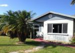 Foreclosed Home en NEWFOUND HARBOR DR, Merritt Island, FL - 32952
