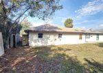 Foreclosed Home en S SEAGATE DR, Deltona, FL - 32725