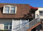 Foreclosed Home en W HILLSBOROUGH AVE, Tampa, FL - 33615