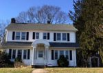 Foreclosed Home en N COLONY RD, Meriden, CT - 06450