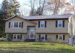 Foreclosed Home en WILKES RD, Danbury, CT - 06811