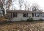 Foreclosed Home en SKY ST, Enfield, CT - 06082