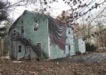 Foreclosed Home en WHITTIER DR, Seabrook, NH - 03874