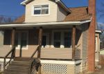 Foreclosed Home en LINGANORE AVE, Parkville, MD - 21234