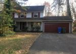 Foreclosed Home en W RIDING RD, Cherry Hill, NJ - 08003