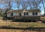 Foreclosed Home en LAKE DEERBROOK DR, Tuckerton, NJ - 08087
