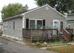 Foreclosed Home en CLARK AVE, Keyport, NJ - 07735