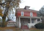 Foreclosed Home en DEWITT ST, Lowville, NY - 13367