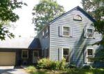 Foreclosed Home en TIVERSTOCK DR, Elmer, NJ - 08318