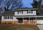 Foreclosed Home en MONTCLAIR DR, Riverside, NJ - 08075