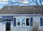 Foreclosed Home en LAKE HURON DR, Tuckerton, NJ - 08087