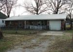 Foreclosed Home en W 7TH ST, Chelsea, OK - 74016