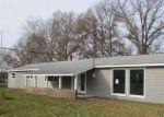 Foreclosed Home en WILSHIRE CIR, Goshen, OH - 45122