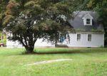 Foreclosed Home en POND MEADOW RD, Westbrook, CT - 06498