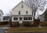 Foreclosed Home en MURRAY AVE, Westfield, MA - 01085