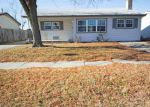 Foreclosed Home en S OSAGE AVE, Wichita, KS - 67217
