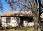 Foreclosed Home en W 1ST ST, Valley Center, KS - 67147