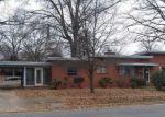 Foreclosed Home en W 48TH ST, Richmond, VA - 23225