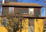 Foreclosed Home en COSEYTOWN RD, Greencastle, PA - 17225
