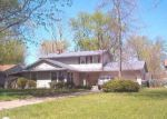 Foreclosed Home en EDINBURGH DR, Youngstown, OH - 44511