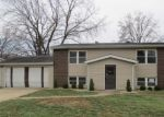 Foreclosed Home en CLAIRMONT LN, Saint Charles, MO - 63303