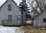Foreclosed Home en S CARVER ST, Winthrop, MN - 55396