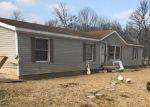 Foreclosed Home en N HERITAGE CHAPEL RD, Salem, IN - 47167