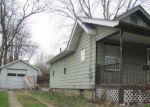 Foreclosed Home in WALTZ DR, Barberton, OH - 44203