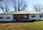 Foreclosed Home en OLD 51 RD, Sandoval, IL - 62882