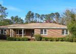 Foreclosed Home en E 4TH ST, Woodbine, GA - 31569