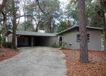 Foreclosed Home en SW 6TH PL, Gainesville, FL - 32607