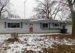 Foreclosed Home en W THIRD ST, Fox Lake, WI - 53933