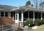Foreclosed Home en NEW WALKERTOWN RD, Winston Salem, NC - 27105