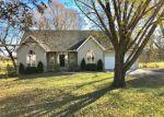 Foreclosed Home en N 7TH ST, Lacygne, KS - 66040