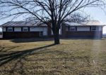Foreclosed Home en MULBERRY GROVE RD, Mulberry Grove, IL - 62262
