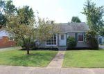 Foreclosed Home en WEDEKING AVE, Evansville, IN - 47711