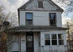 Foreclosed Home en W 5TH ST, Sioux City, IA - 51103