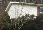 Foreclosed Home en HIGHLAND DR, Mount Vernon, KY - 40456