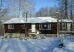 Foreclosed Home en SILAS DEANE RD, Ledyard, CT - 06339